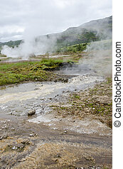 Iceland-Haukadalur-Geyser