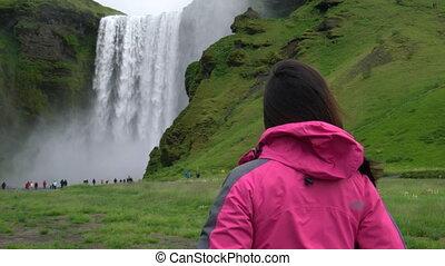 iceland., podróż, podróżnik, wodospad, skogafoss