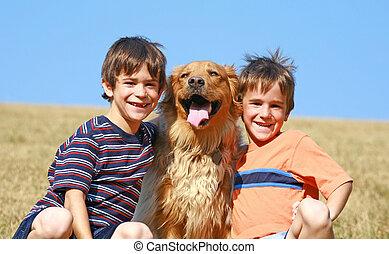 ich, chłopcy, pies, dwa