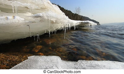 Icy water 016
