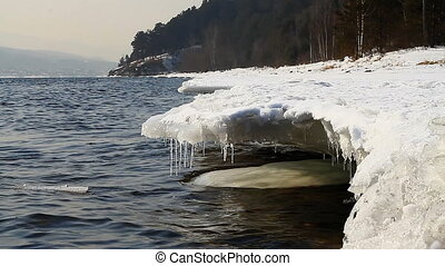 Icy water 018