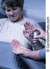idősebb ember, beteg, nő, hulladék, bánásmód