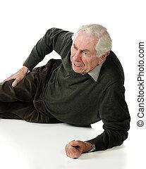 idősebb ember, fáj