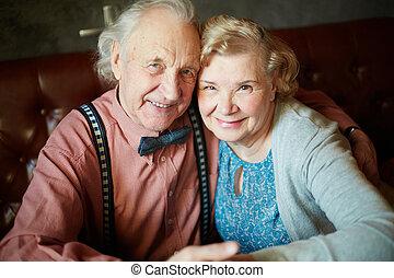 idősebb ember, férj, feleség
