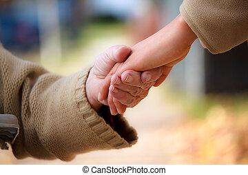idősebb ember, fiatal, hatalom kezezés