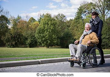 idősebb ember, költés, szabadidő, szabadban