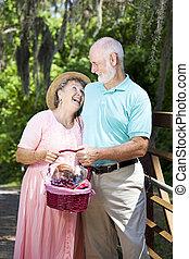idősebb ember, kap, párosít, nevet