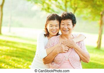idősebb ember, lány, felnőtt, anya