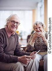idősebb ember, modern, ember