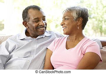 idősebb ember, otthon, párosít, együtt, bágyasztó