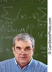 idősebb ember, tanár