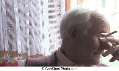 idősebb ember