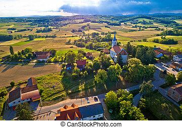idillikus, vidéki, horvátország, falu, felülnézet