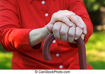 idoso, mãos