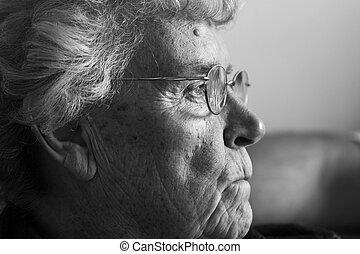idoso, senhora, rir, vista lateral
