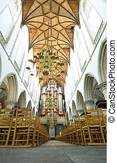 iglesia, interior, con, órgano