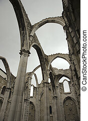 Igreja do Carmo ruins. - Open roof of Igreja do Carmo ruins...