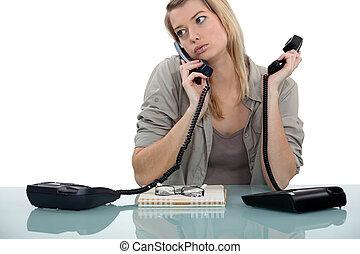 igualmente, ocupado, telefonista
