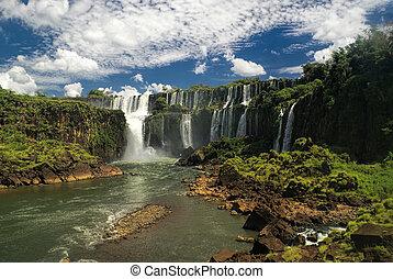 Iguazu falls - Idyllic view of Iguazu waterfalls in...