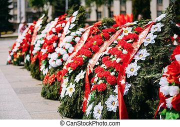 ii, 死ぬ, 兵士, belarus, 未確認, 墓, 背景, の間, ソビエト, 服を着せられる, 戦争, 兵士, 世界, 解放, 戦い, 地位, 固まり, reconstructor
