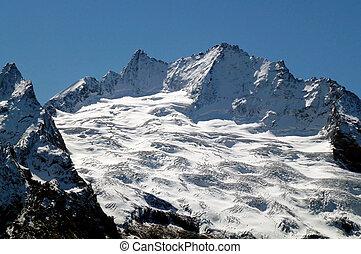 il, caucasus, montagne