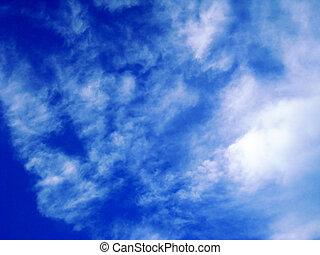 il, cielo blu