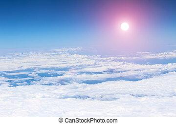 il, cielo nuvoloso