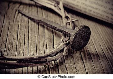 il, corona spine, di, gesù cristo, e, uno, chiodo, su, il, santo, croce