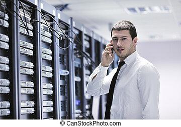 il, engeneer, conversation, par, téléphone, à, réseau, salle