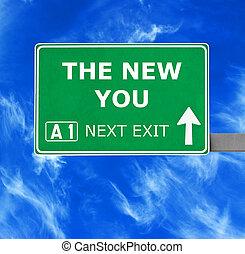 il, nuovo, lei, segno strada, contro, chiaro, cielo blu