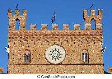 Il palazzo pubblico in the piazza del campo, Siena - Italy, details