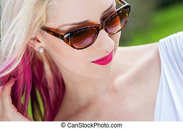il portare, biondo, donna, occhiali da sole, esterno
