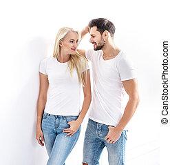 il portare, coppia, giovane, attraente, ritratto, vestiti casuali