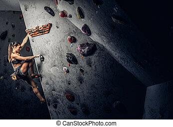 il portare, donna, attivo, roccia-ascensione, giovane, parete, dentro, abbigliamento sportivo