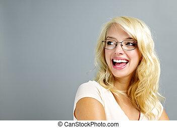 il portare, donna felice, occhiali