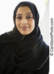 il portare, donna, orientale, mezzo, nero, ritratto, hijab