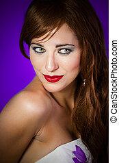 il portare, immagine, donna, gioielleria, viola, sopra, capelli, bello, fondo, rosso