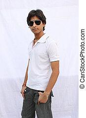 il portare, jeans, tshirt, indiano, modello, maschio