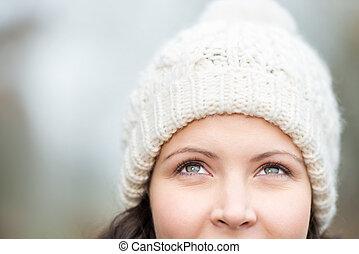 il portare, pensieroso, donna, cappello, su, dall'aspetto, mentre, aggrottare