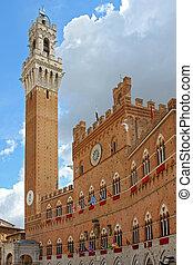 Il pubblic palace in the piazza del campo, Siena - Italy