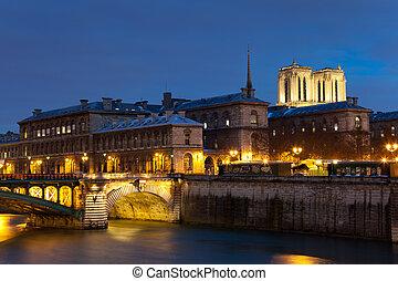 Ile de la cite, Paris, Ile de France, France
