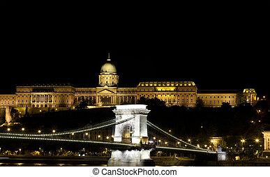 Illuminated Chain Bridge and Royal Palace, Budapest, Hungary