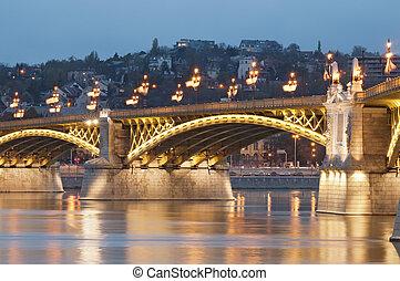 illuminato, ponte, dettaglio