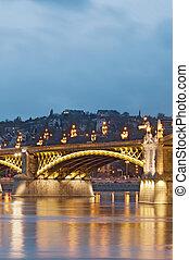 illuminato, ponte, dettaglio, verticale