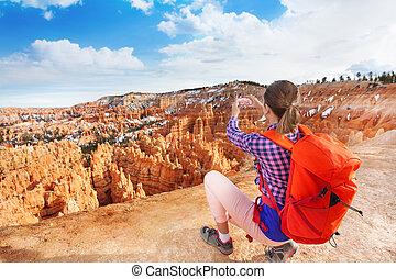 image, femme, bryce, yong, randonneur, canyon, prendre