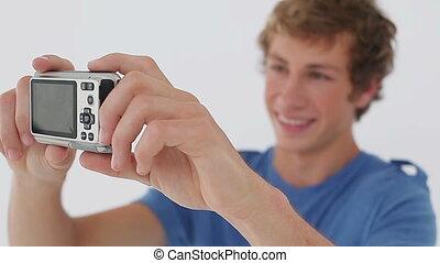 image, lui-même, homme souriant, prendre