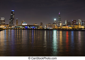 Chicago skyline - Image of Chicago skyline at night with ...