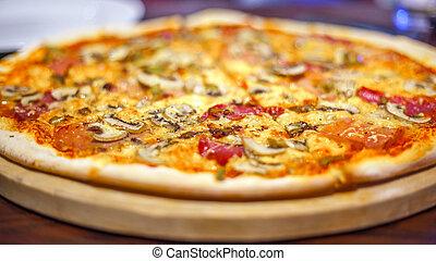 Image of fresh italian pizza