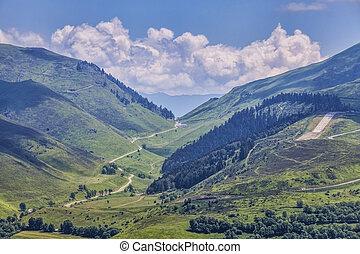 Col de Peyresourde - Image of the road to Col de Peyresourde...