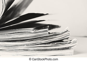 image, pile, virage, noir, magazines, pages blanches